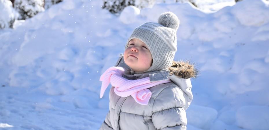 Jak przygotować się na wyjazd na ferie z dzieckiem?