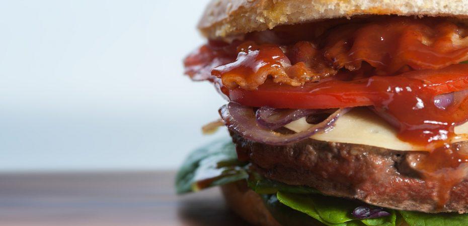 Jak przygotować domowe hamburgery?